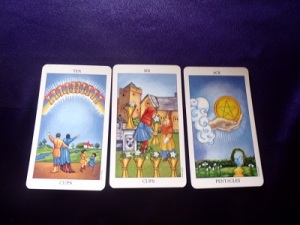 What is the advantage of a 3 card tarot reading